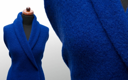 TKANINA WEŁNIANA TIVOLI MAZARINE BLUE